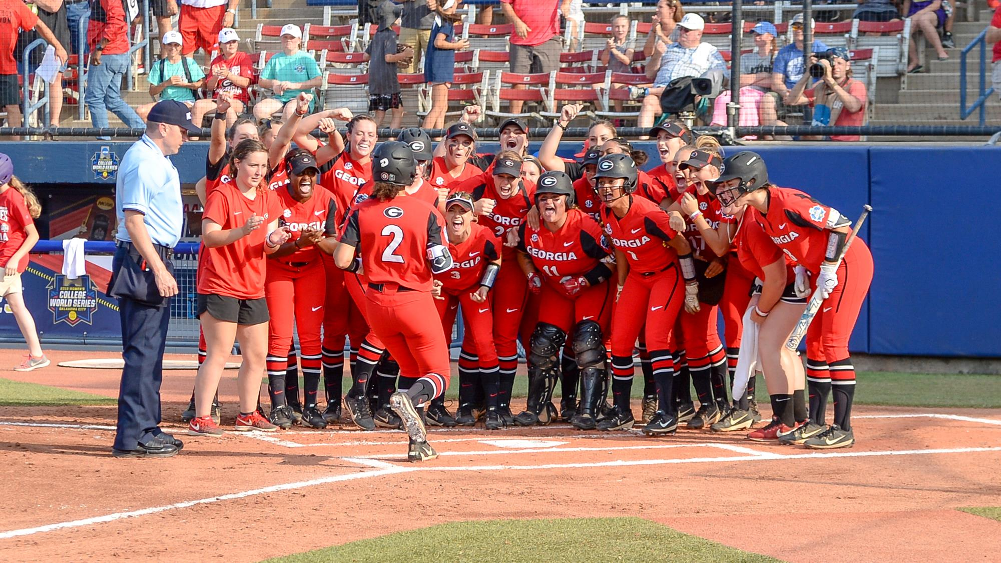 Softball Announces Additions to 2019, 2020 Rosters - University of